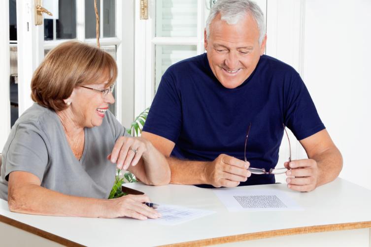 Есть простые и интересные игры, для них нужен только листок бумаги и ручка