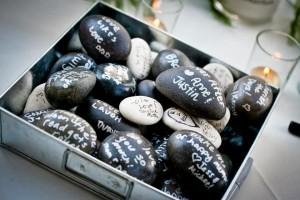 Камни с пожеланиями