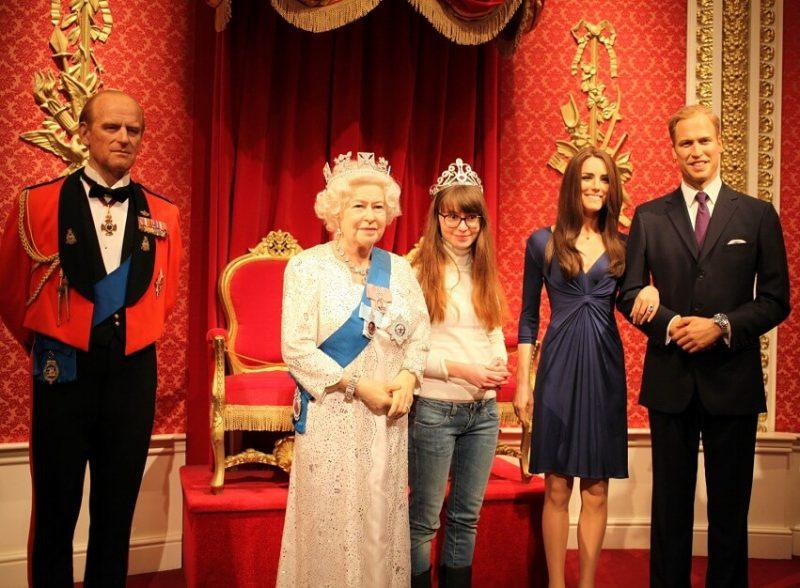 Елизавета II и королевская семья