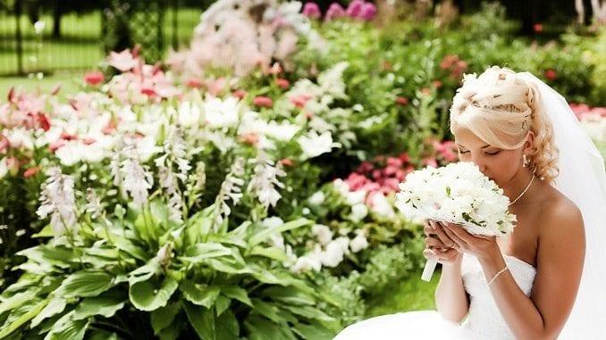 Поздравление матери на свадьбе дочери