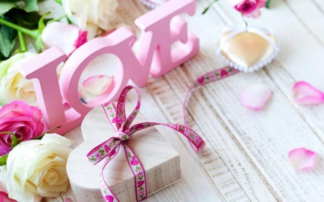 Поздравление с розовой свадьбой на 10 лет совместной жизни