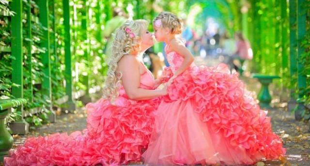 Поздравление с десятой годовщиной розовой свадьбы в стихах  для многодетной пары